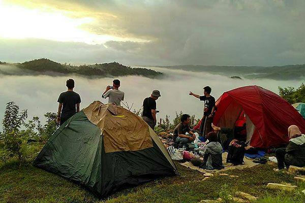Camping Tebing Watu Mabur
